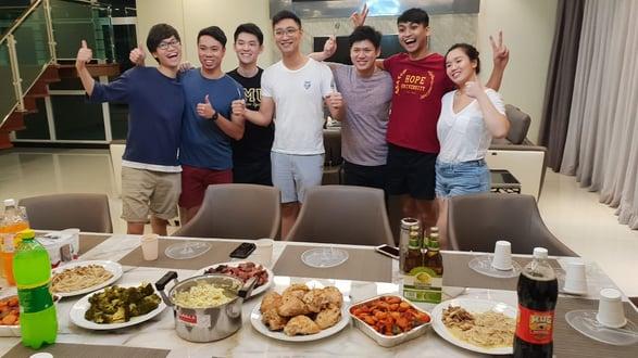 KeyReply Team Photo dinner